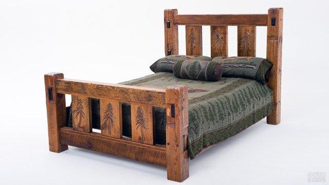 Финская деревянная кровать в народном стиле