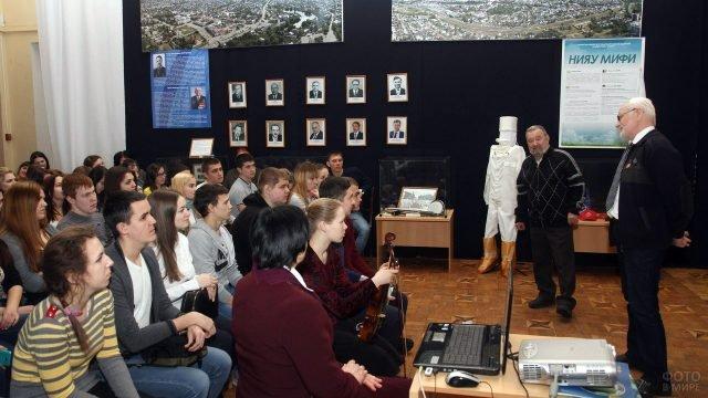 Выступление 8 февраля педагогов Научно-исследовательского института атомных реакторов