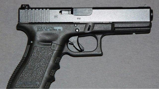 Австрийский пистолет Глок-17