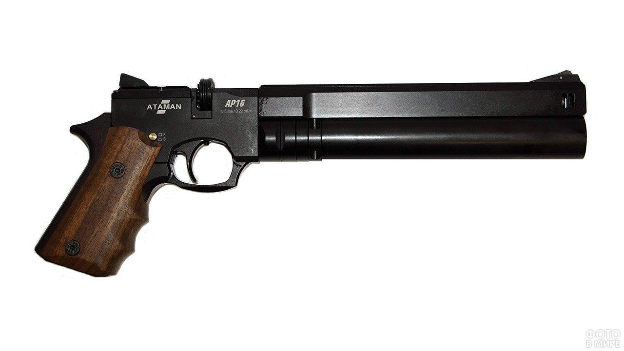 Пневматический пистолет Атаман
