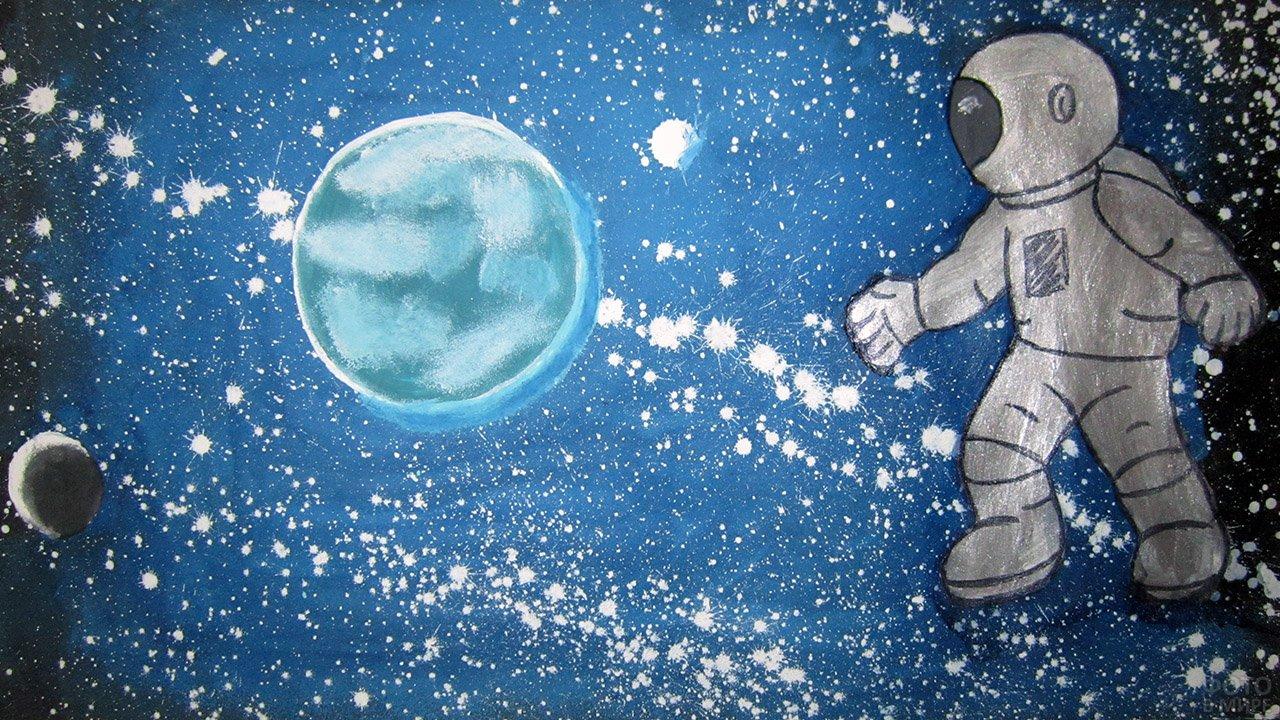 Космонавт в открытом космосе - самодельная детская открытка к 12 апреля