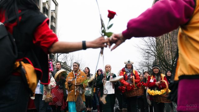 Парад на День влюблённых в Канаде