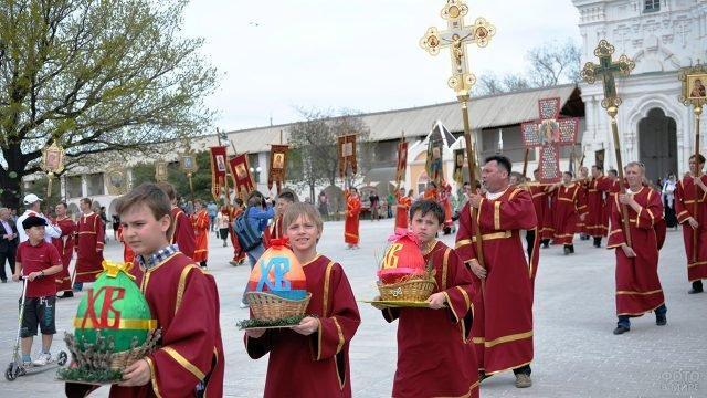 Празднование Светлой Пасхи в Астрахани