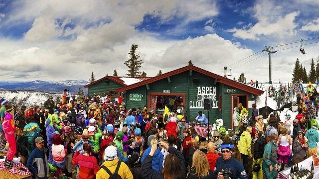 Вечеринка сноубордистов и лыжников на 1 апреля