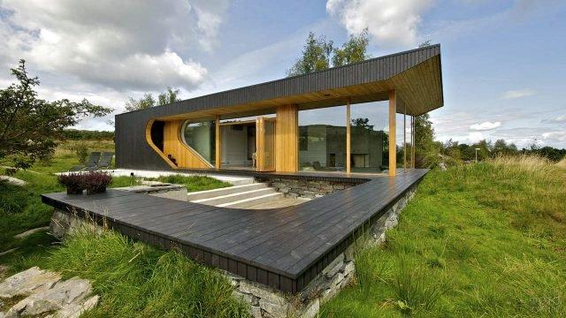 Скандинавский модульный дом необычной архитектуры