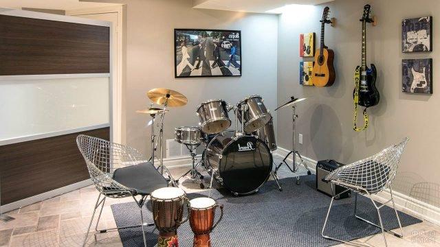 Музыкальная студия в цокольном этаже частного дома