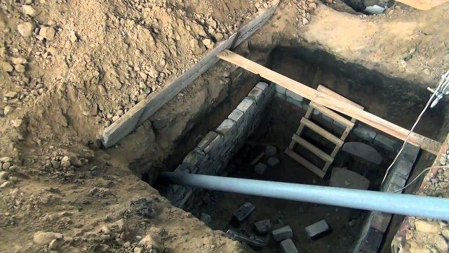 Обустройство погреба в садовом доме