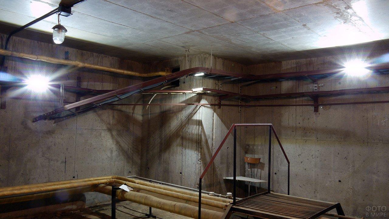 Светодиодное освещение подвала современного многоквартирного дома
