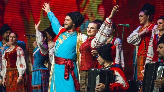 Бородатый солист Кубанского казачьего хора