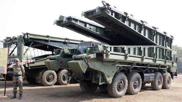 Мостоукладчики на базе танка МТУ на вооружении Инженерных войск России в Сирии