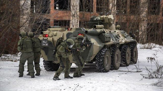 Штурмовой инженерно-саперный батальон Муром на учениях