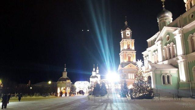 Рождественские огни в Дивеево