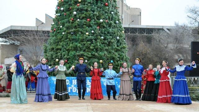 Рождественский концерт на площади в Астрахани