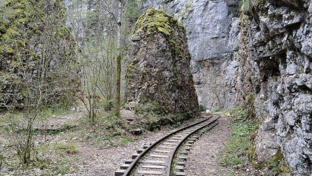 Участок узкоколейки между Апшеронском и Гуамкой через Гуамское ущелье