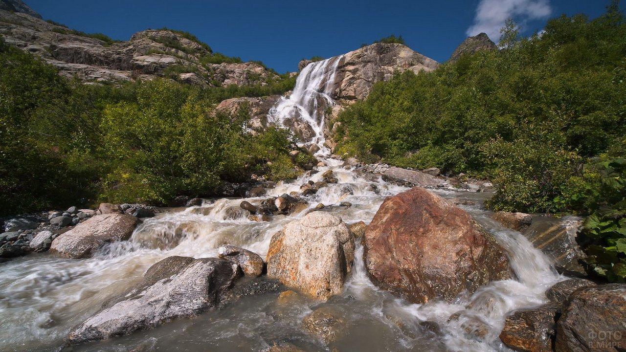 Алибекский водопад Домбай
