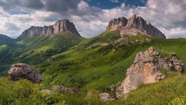Горы Ачешбок чертовы ворота