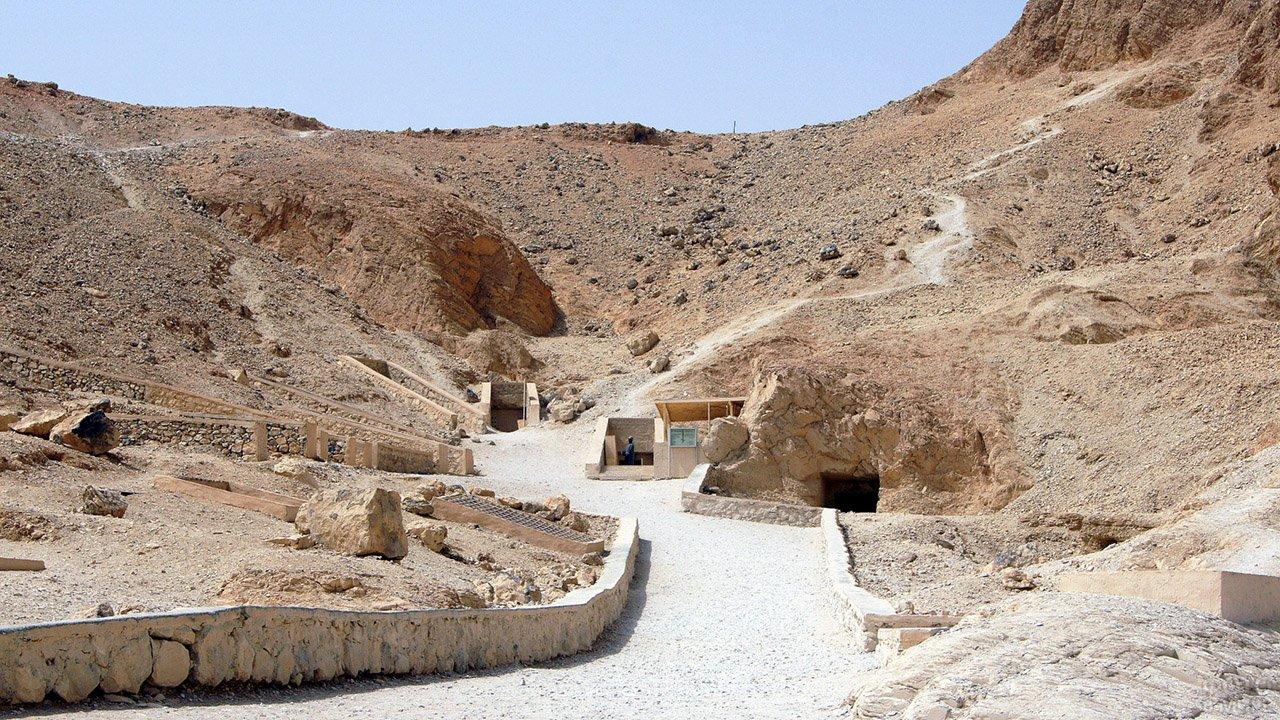 Дорога в Долине фараонов