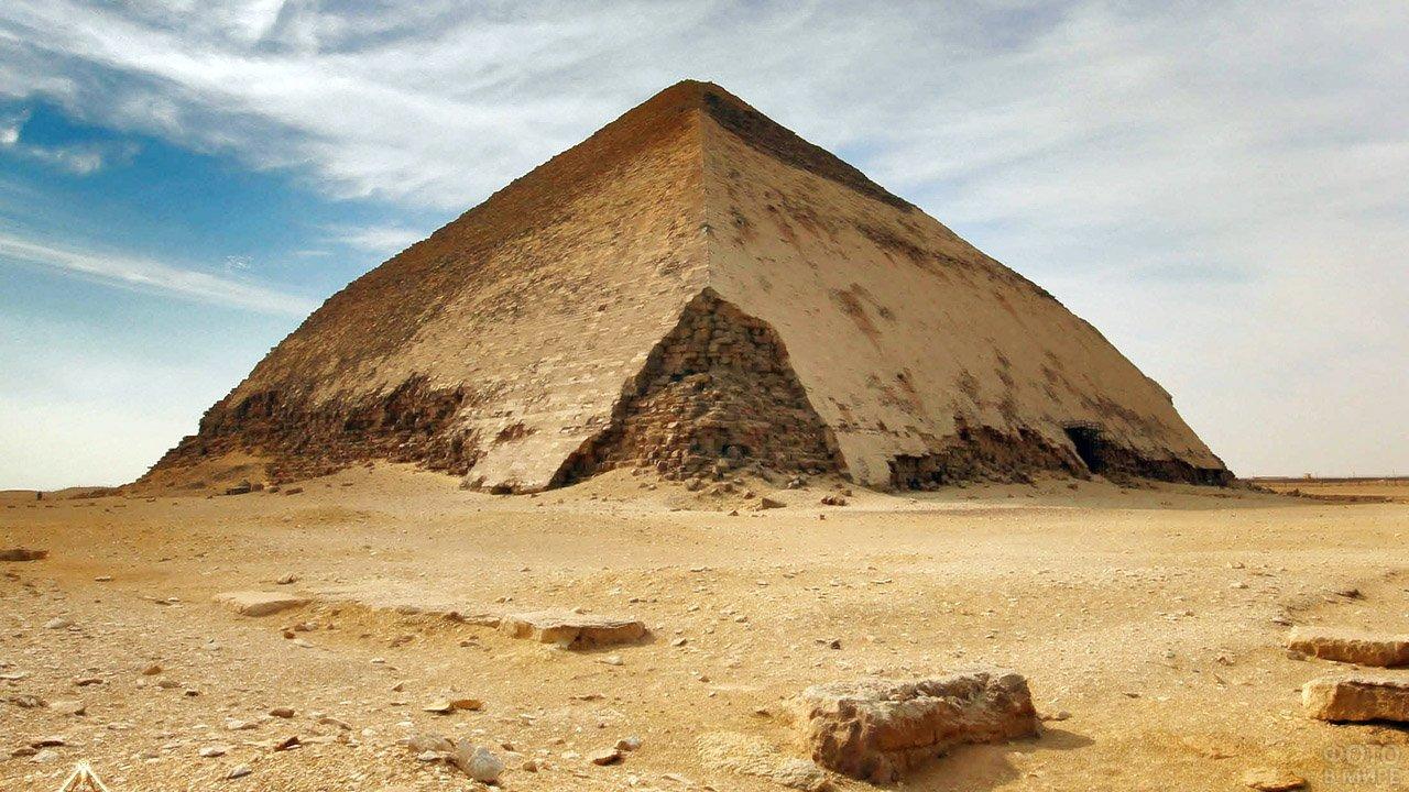 Южная пирамида Дахшурского некрополя
