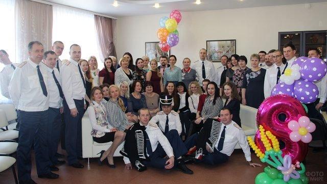 Поздравление с 8 марта в Кировском институте ФСИН