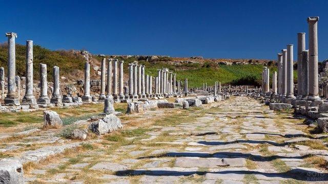 Руины древнего города Термесос в Анталии