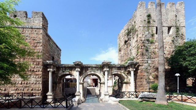 Ворота императора в Анталье