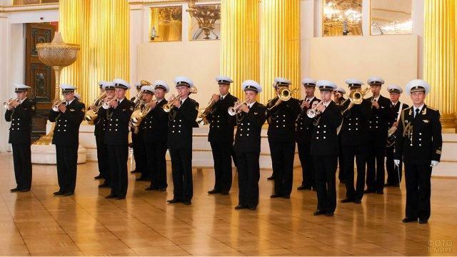 Морской военно-духовой оркестр на концерте в честь 23 февраля