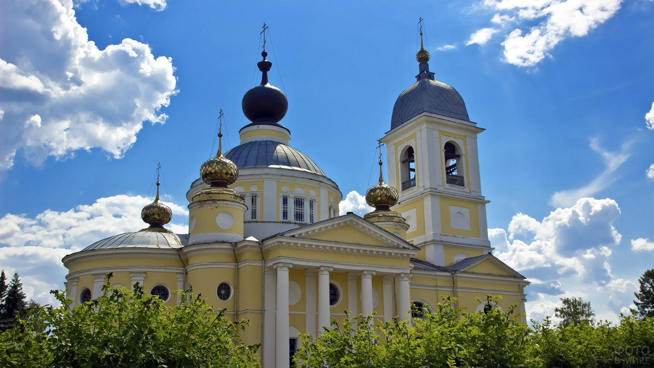 Успенский собор в городе Мышкин