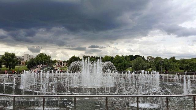 Фонтан в московском парке Царицыно