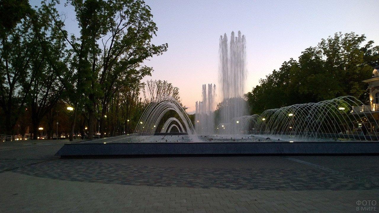 Каскадный фонтан в Краснодаре