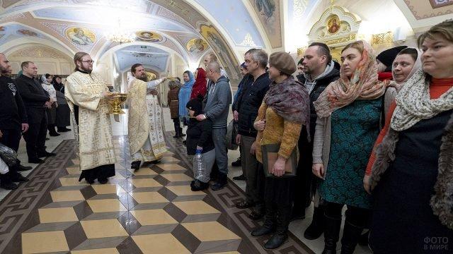 Всенощное бдение Крещения Господня в храме Казани