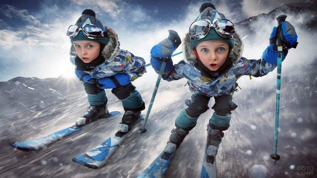 Девочки-лыжницы