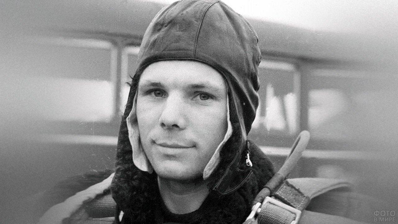Юрий Гагарин во время тренировки в апреле 1961 года