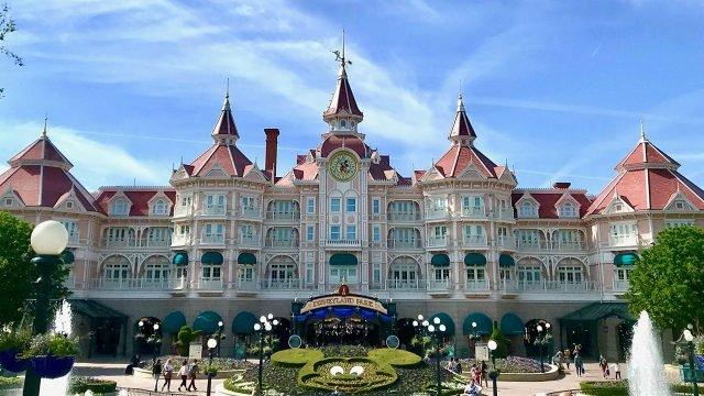 Отель в Парижском Диснейленде