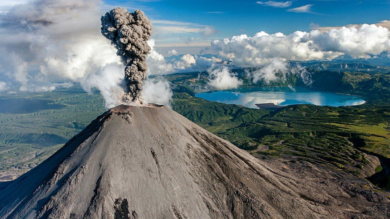 Извержение карымской сопки