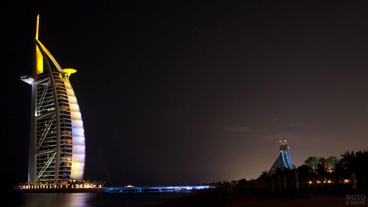 Вечерний вид Бурдж-эль-Араб