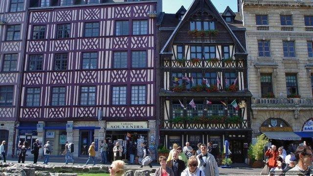 Площадь Старого рынка Вье-Марше в Руане