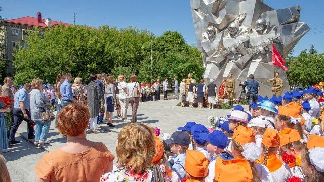 Торжественный митинг у мемориала ВОВ 22 июня в Подмосковье