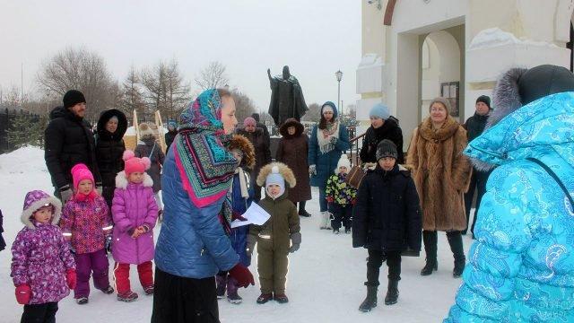 Детский праздник в Прощёное воскресенье во дворе воскресной школы
