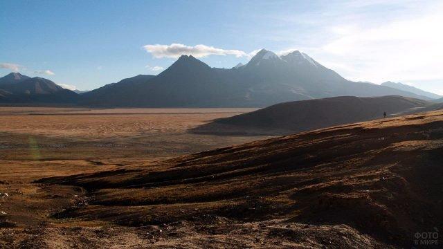 Предгорье Тибета у подножья горы Кайлас
