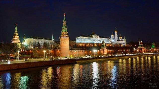 Ночные огни Кремля