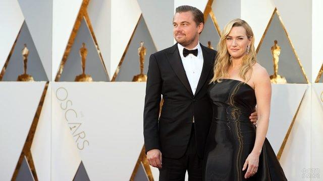 Звёзды Кейт Уинслет и Леонардо ДиКаприо на церемонии Оскар в театре Долби