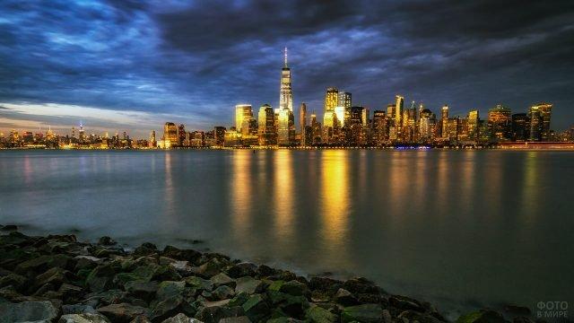 Панорама ночного Манхэттена