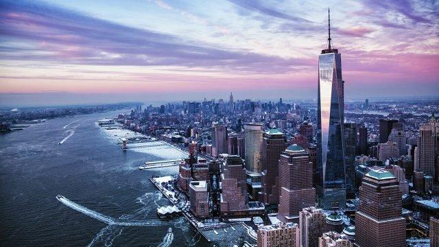 Пурпурный закат над Манхэттеном