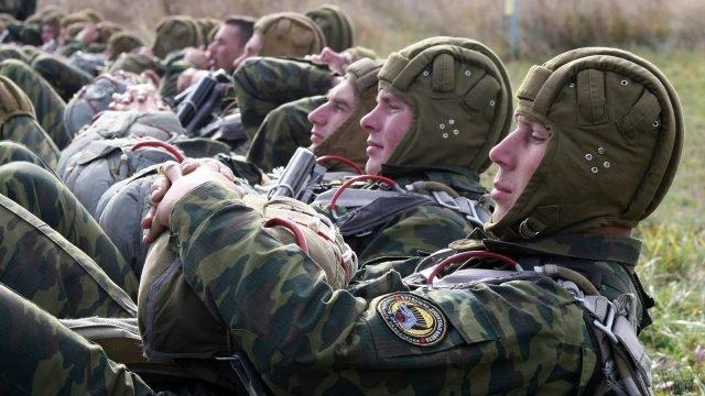 Интенсивная тренировка современных десантников