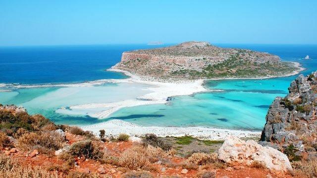 Морской пейзаж с видом на остров Крит