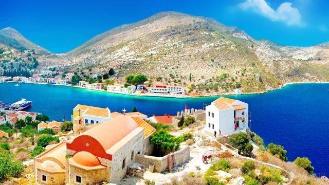 Открыточный вид аутентичного курорта на острове Крит