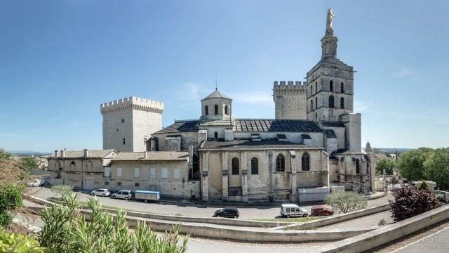 Кафедральный собор в Авиньоне в Провансе