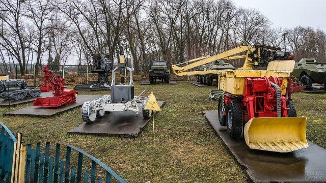 Выставленнная в Чернобыле техника ликвидаторов аварии на ЧАЭС