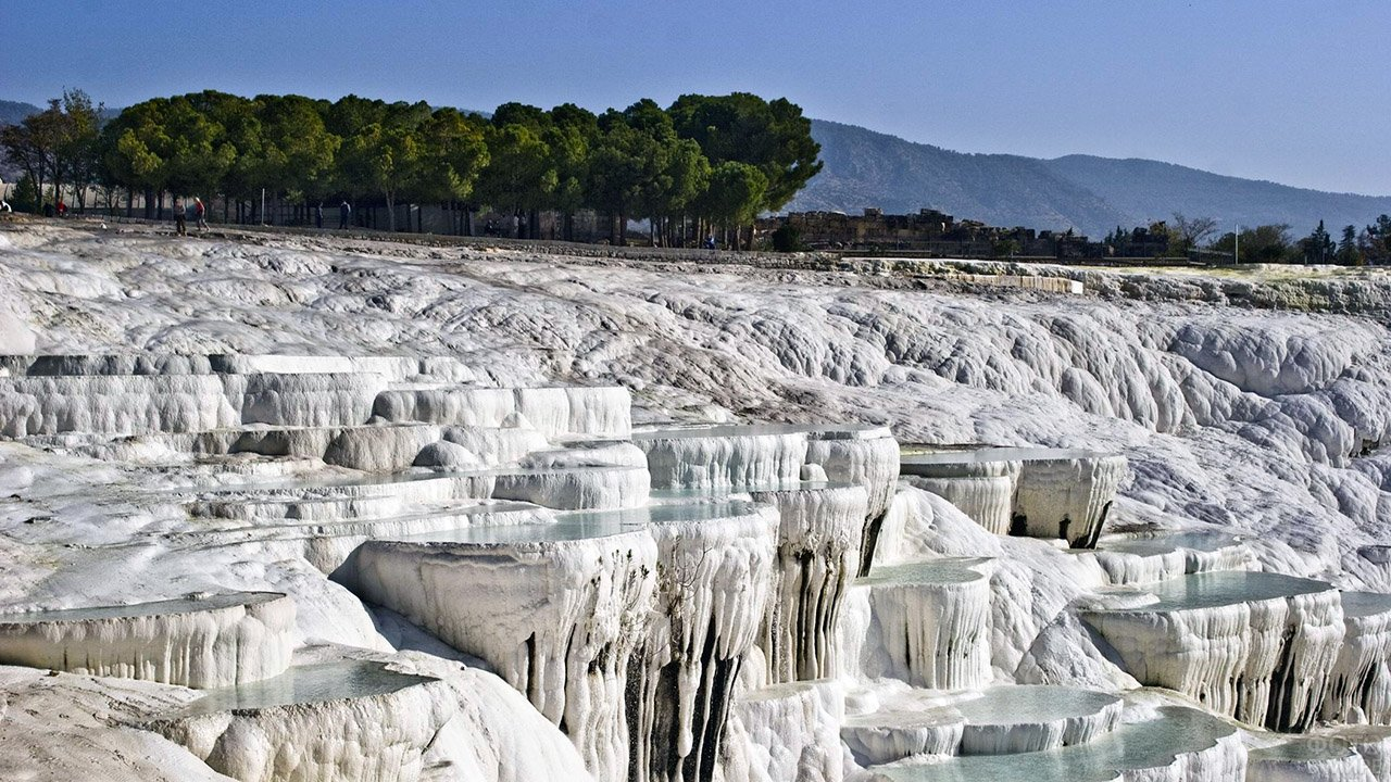 Уснувшие водопады Памуккале