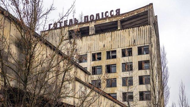 Заброшенное здание отеля в Припяти